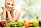 Eating-Fruits-for-Healthy-Skin_foodguruz.in