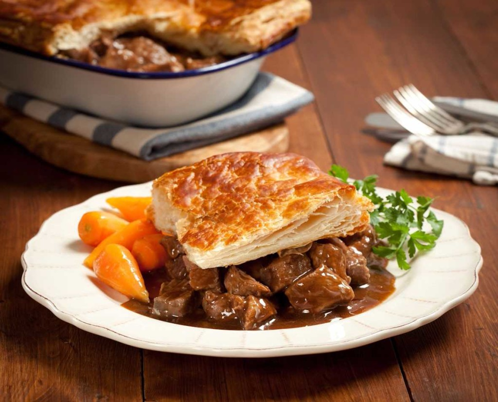 Steak-Pie_foodguruz.in